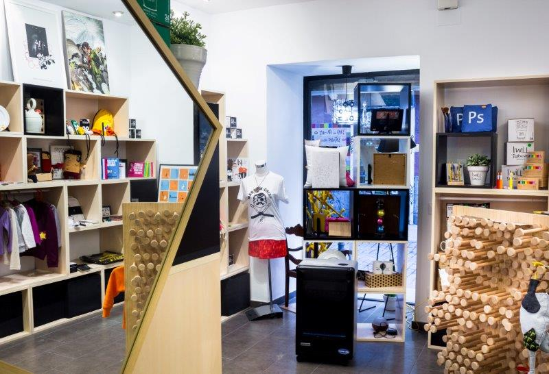 Cubo gallery shop le cool madrid - Materiales construccion baratos ...