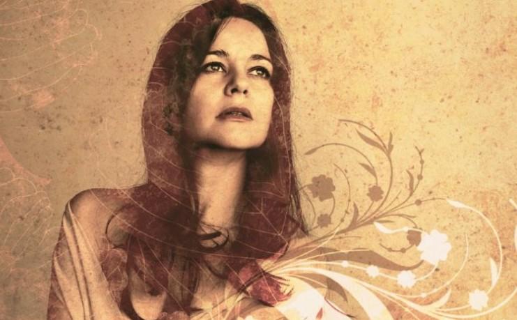 Cristina Mora