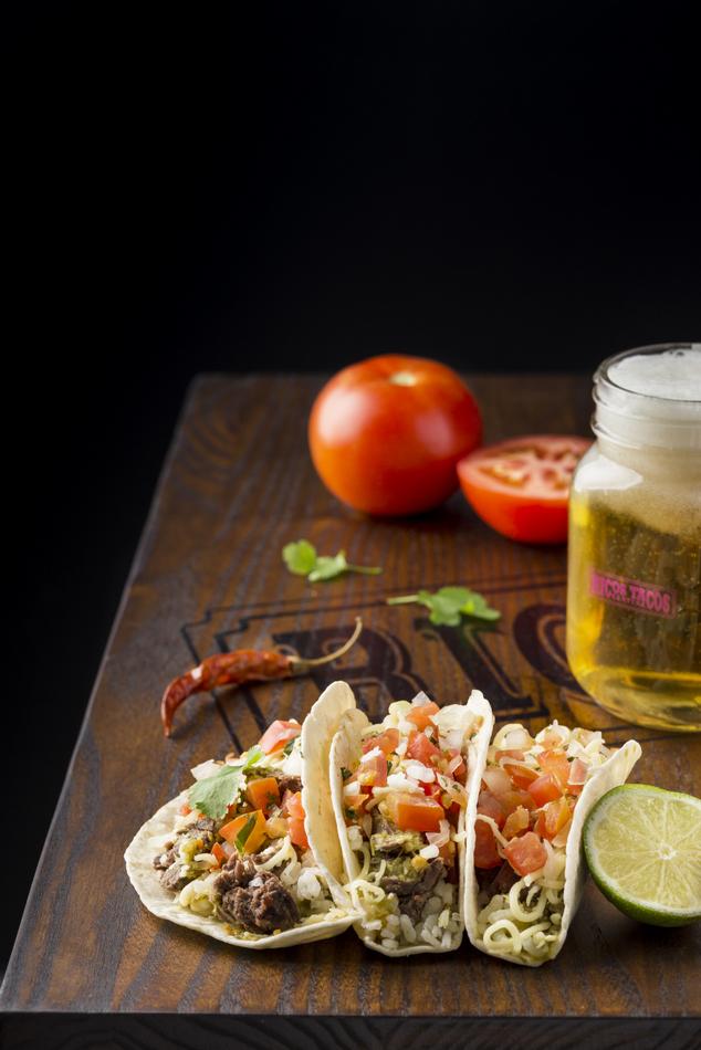 3-Ricos-tacos-03