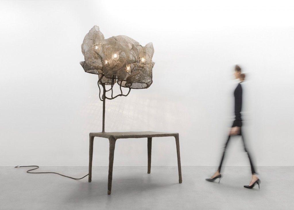 Light-Mesh_Nacho-Carbonell_Carpenters-Workshop-Gallery_Exhibition_London_dezeen_1568_3