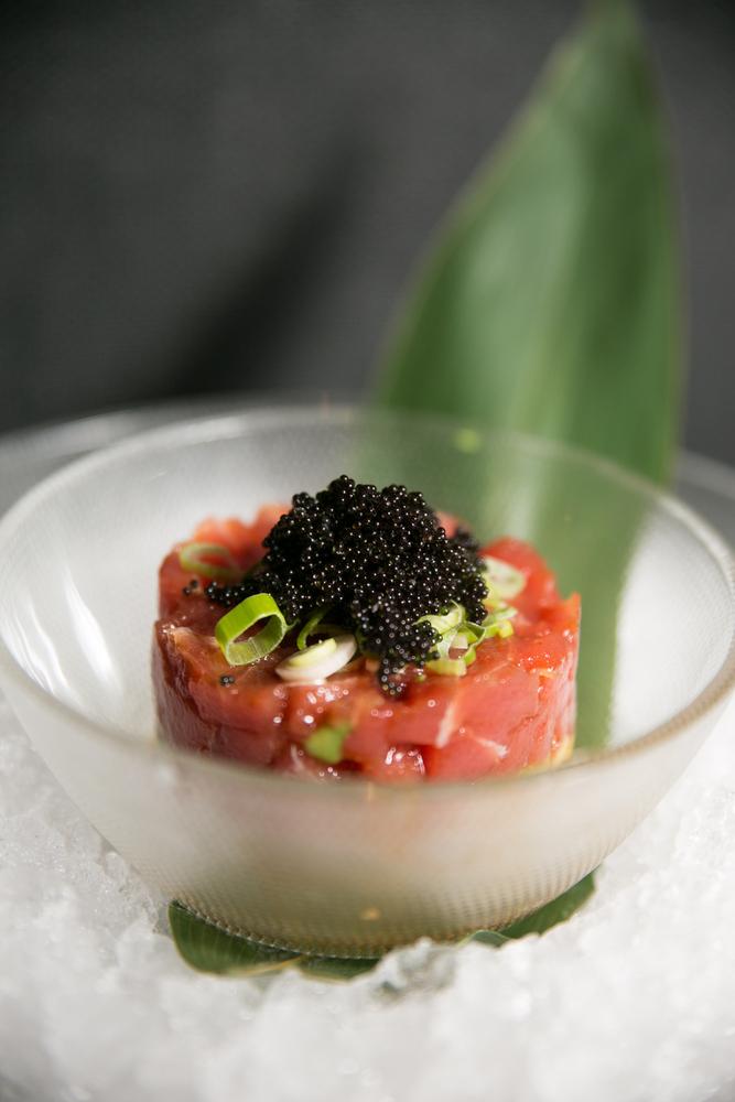 3-Tartare de salmón y caviar