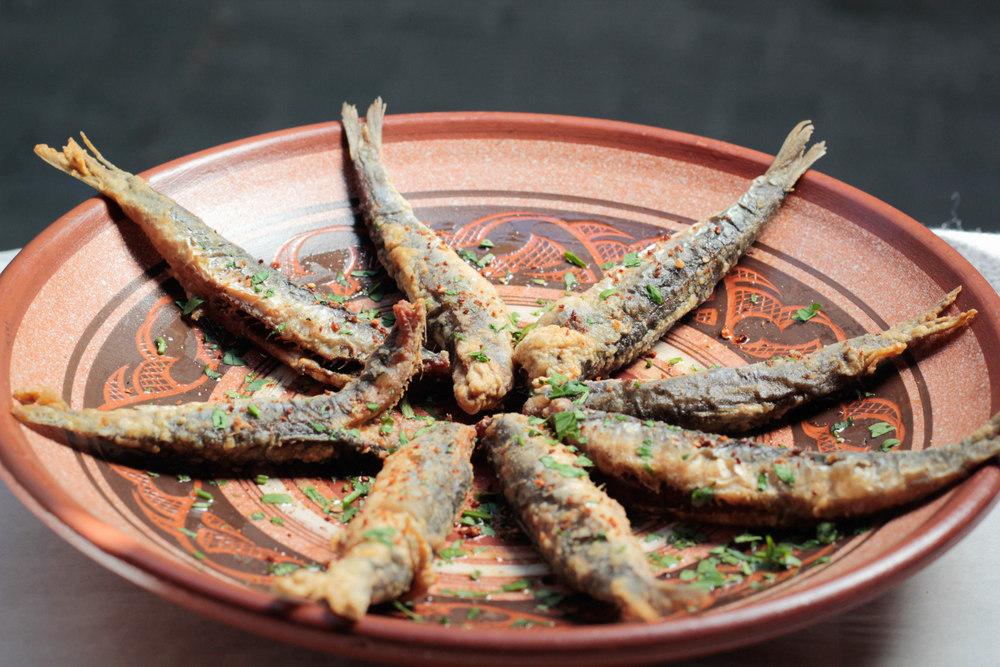 3-Boquerones fritos al ajillo - La Malaje