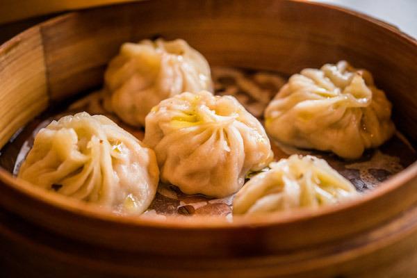 1-Xiaolongbao relleno de carne y trufa negra - Shanghai mama