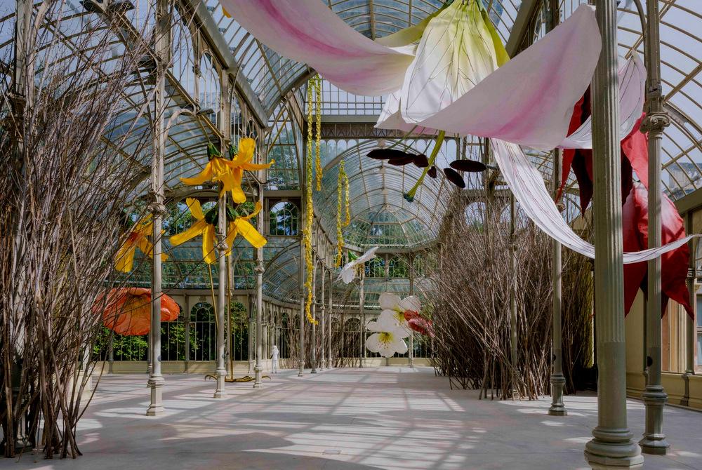 1-Museo-Reina-Sofía-expone-la-obra-de-Petrit-Halilaj-en-el-Palacio-de-Cristal-Parque-del-Retiro-5-scaled