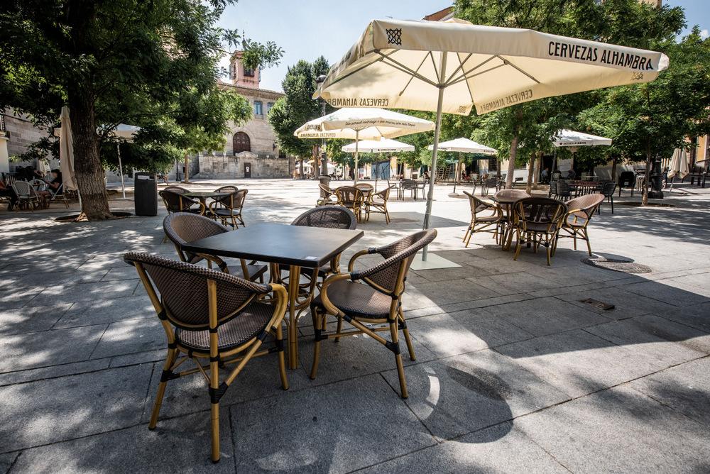 2-Mesas terraza - La Malaje