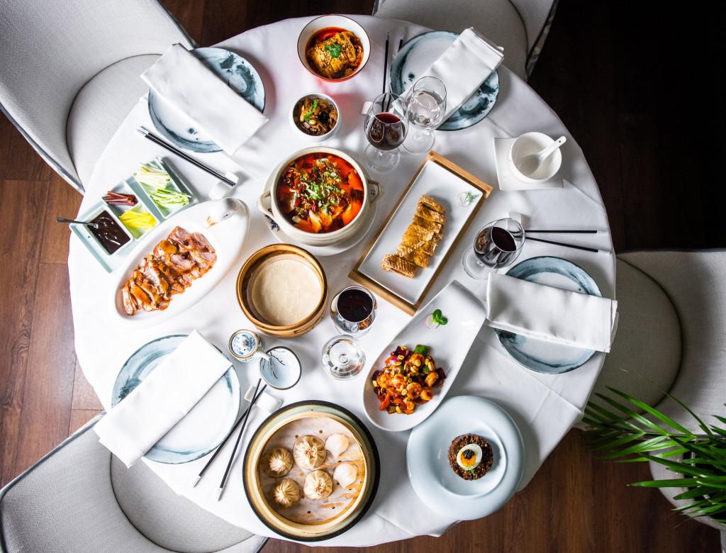 Mesa Año Nuevo Hutong